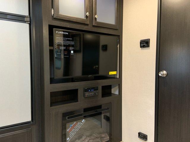 2019 Venture SportTrek ST271VMB at Campers RV Center, Shreveport, LA 71129