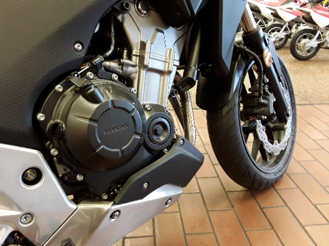 2015 Honda CB 500X at Mungenast Motorsports, St. Louis, MO 63123