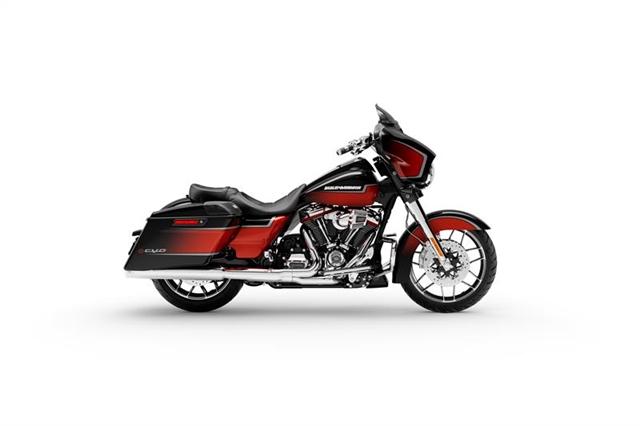 2021 Harley-Davidson Grand American Touring CVO Street Glide at Texarkana Harley-Davidson