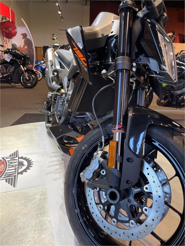 2019 KTM Duke 790 at Martin Moto