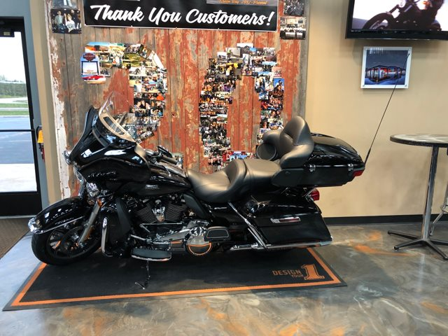 2019 Harley-Davidson Electra Glide Ultra Classic at Vandervest Harley-Davidson, Green Bay, WI 54303