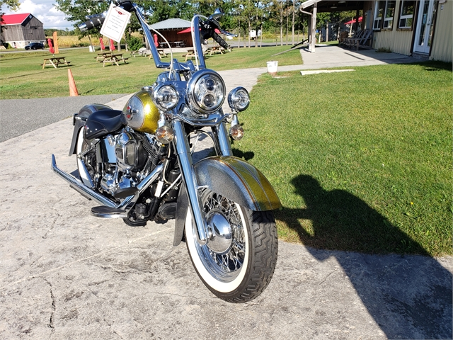 2017 Harley-Davidson FLSTC HERITAGE SOFTAIL CLASSIC at Classy Chassis & Cycles