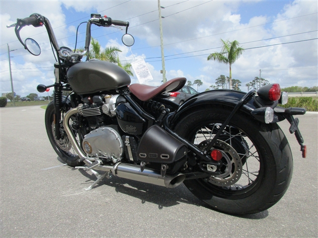 2018 Triumph Bonneville Bobber Ironstone at Stu's Motorcycles, Fort Myers, FL 33912