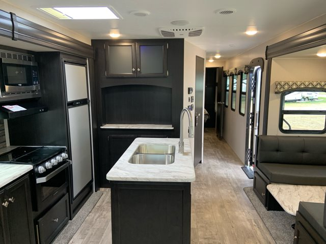 2019 Venture SportTrek ST342VMB at Campers RV Center, Shreveport, LA 71129