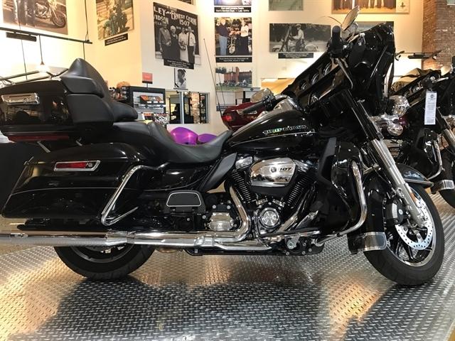 2017 Harley-Davidson Electra Glide Ultra Limited at Shenandoah Harley-Davidson®