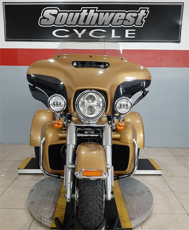2017 Harley-Davidson Trike Tri Glide Ultra at Southwest Cycle, Cape Coral, FL 33909