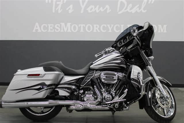 2015 Harley-Davidson Street Glide CVO Street Glide at Aces Motorcycles - Fort Collins