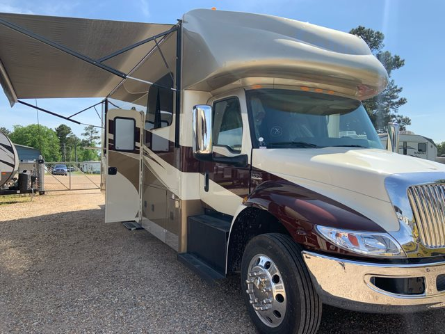 2020 Ghost Ghost 33DS Rear Bedroom at Campers RV Center, Shreveport, LA 71129