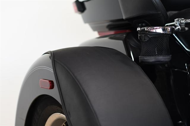 2015 Harley-Davidson Trike Tri Glide® Ultra at Destination Harley-Davidson®, Tacoma, WA 98424