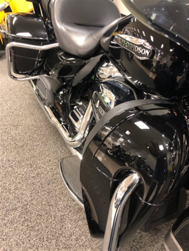 2017 Harley-Davidson Electra Glide Ultra Classic at Sloan's Motorcycle, Murfreesboro, TN, 37129