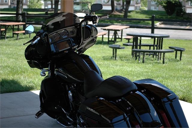2016 Harley-Davidson Street Glide CVO Street Glide at Outlaw Harley-Davidson