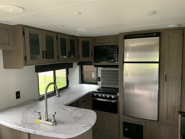 2021 Keystone Hideout (Travel Trailer - East/All) 28RKS at Campers RV Center, Shreveport, LA 71129