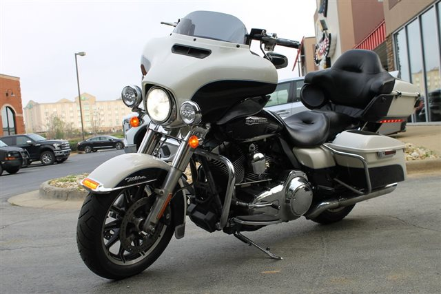 2014 Harley-Davidson Electra Glide Ultra Classic at Extreme Powersports Inc