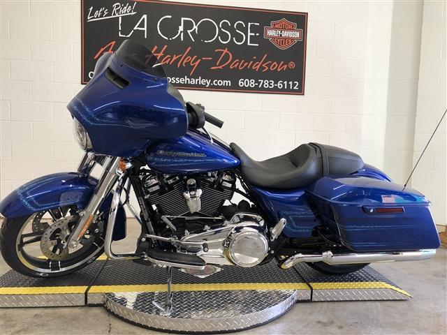 2019 Harley-Davidson Street Glide Base at La Crosse Area Harley-Davidson, Onalaska, WI 54650