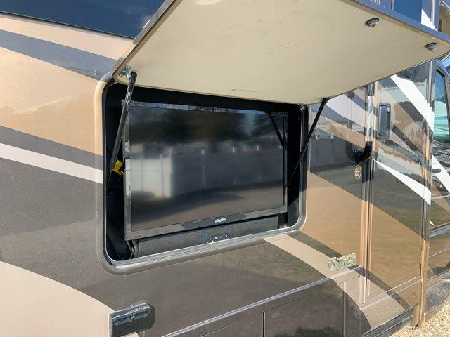 2019 Thor Motor Coach Synergy Sprinter 24MB Rear Bedroom at Campers RV Center, Shreveport, LA 71129