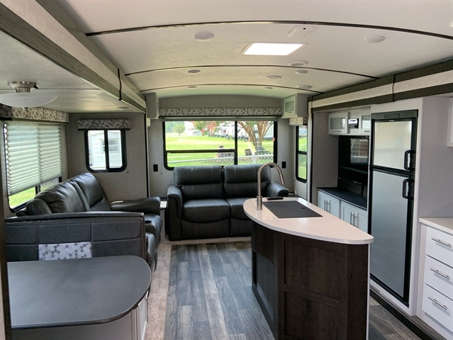 2019 Keystone Premier 34RIPR 34RIPR at Campers RV Center, Shreveport, LA 71129