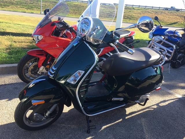 2020 Vespa GTS300 Touring at Kent Motorsports, New Braunfels, TX 78130