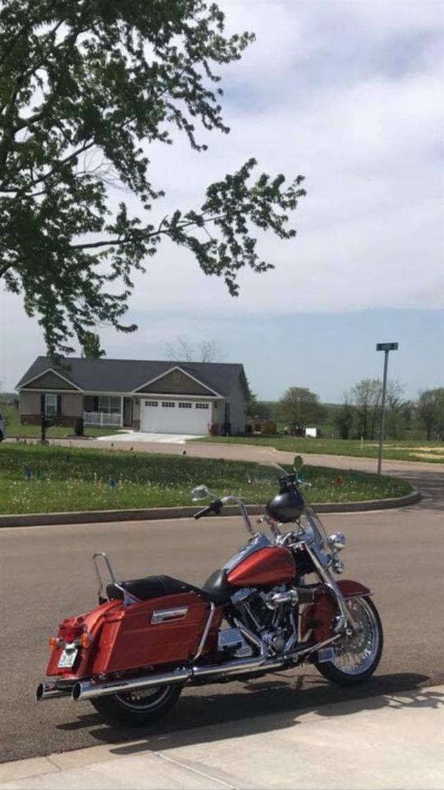 2011 Harley-Davidson Road King Base at Mungenast Motorsports, St. Louis, MO 63123