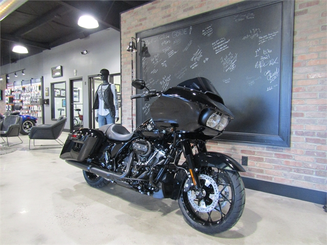 2021 Harley-Davidson Grand American Touring Road Glide Special at Cox's Double Eagle Harley-Davidson