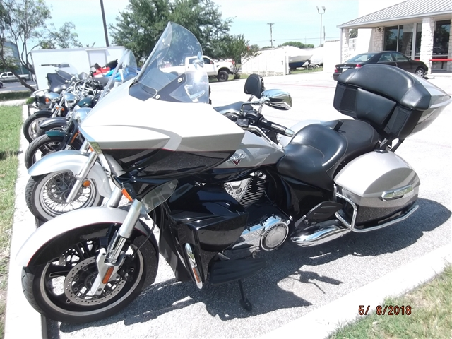 2014 Victory Cross Country Tour 15th Anniversary Limited Edition at Kent Motorsports, New Braunfels, TX 78130