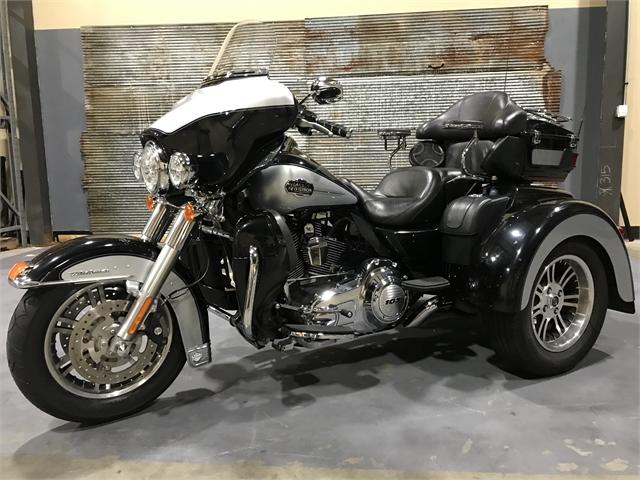 2013 Harley-Davidson Trike Tri Glide Ultra Classic at Texarkana Harley-Davidson