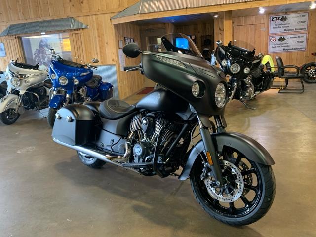 2018 Indian Chieftain Dark Horse at Mungenast Motorsports, St. Louis, MO 63123