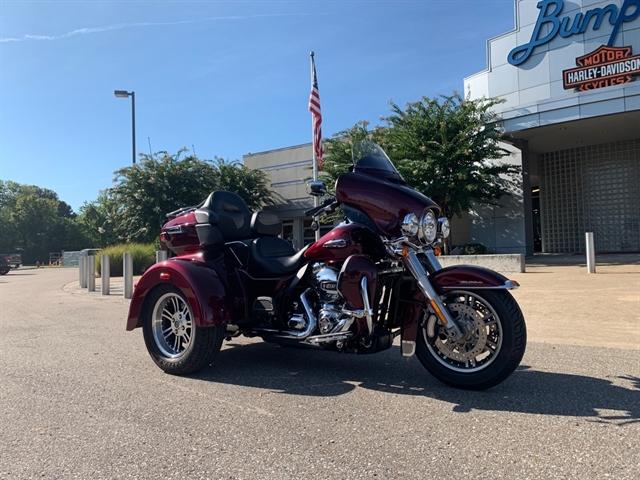 2015 Harley-Davidson Trike Tri Glide Ultra at Bumpus H-D of Jackson