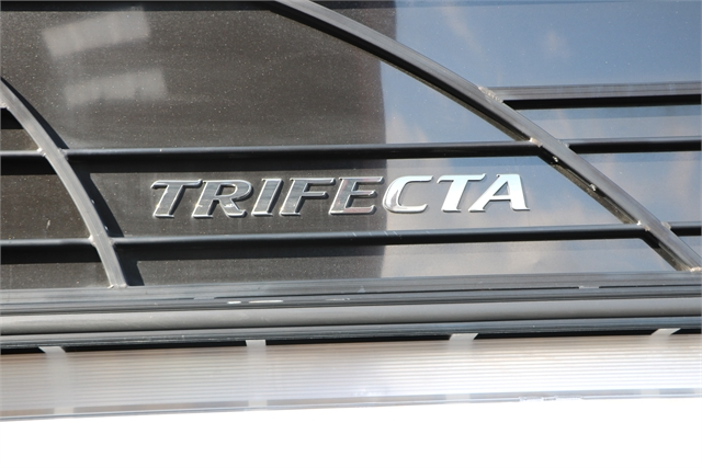 2018 Trifecta 21RF Tri-toon at Jerry Whittle Boats