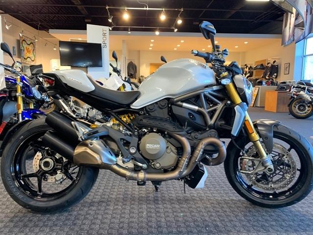 2015 Ducati Monster 1200 S at Frontline Eurosports