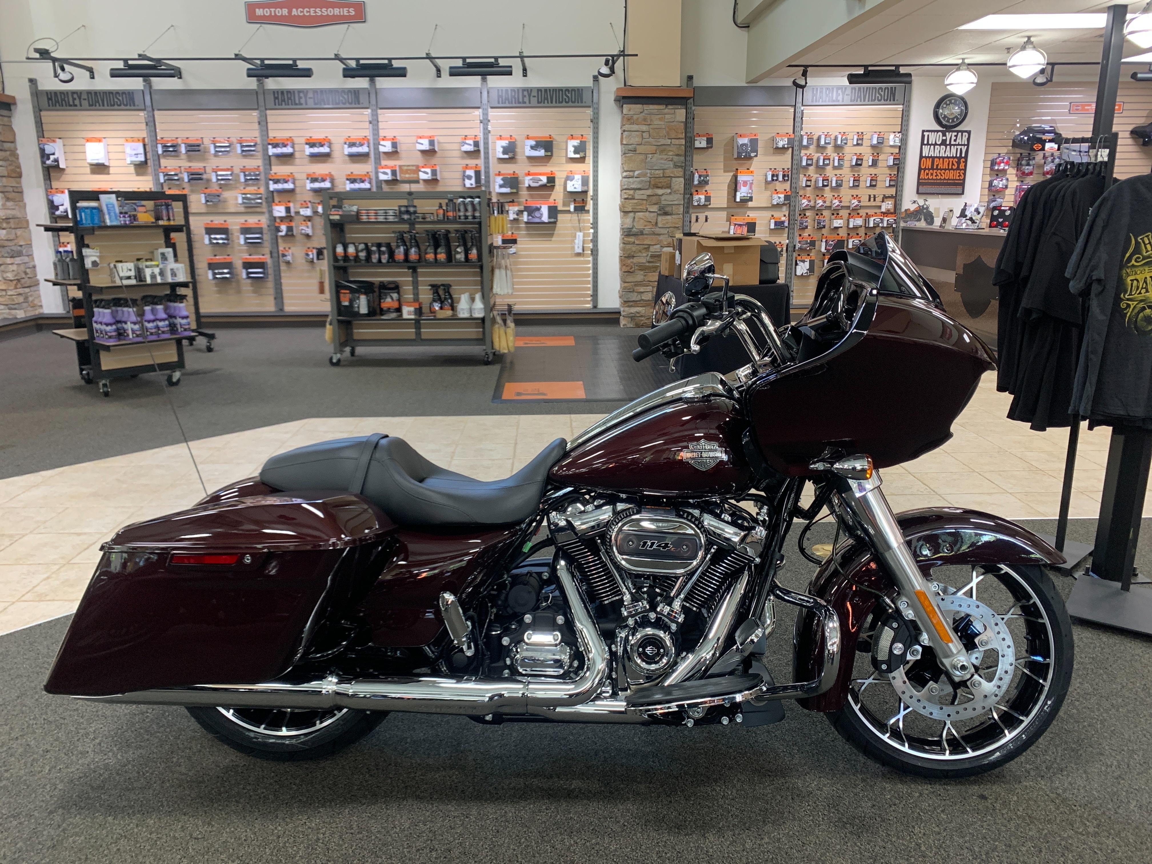 2021 Harley-Davidson Grand American Touring Road Glide Special at Destination Harley-Davidson®, Silverdale, WA 98383