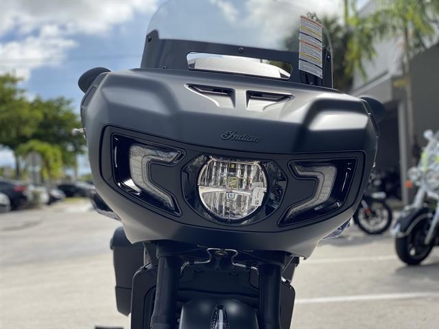 2020 Indian Challenger Dark Horse at Fort Lauderdale