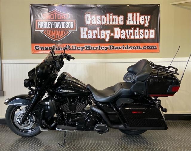 2013 Harley-Davidson Electra Glide Ultra Limited at Gasoline Alley Harley-Davidson (Red Deer)
