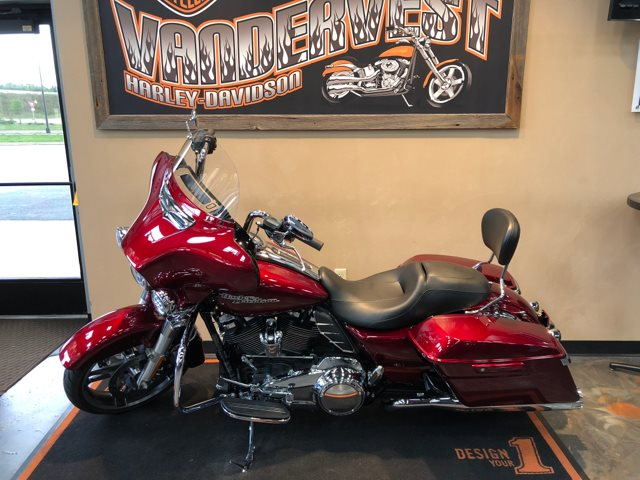 2017 Harley-Davidson Street Glide Special at Vandervest Harley-Davidson, Green Bay, WI 54303