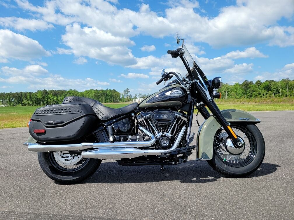 2021 Harley-Davidson Touring Heritage Classic 114 at Richmond Harley-Davidson