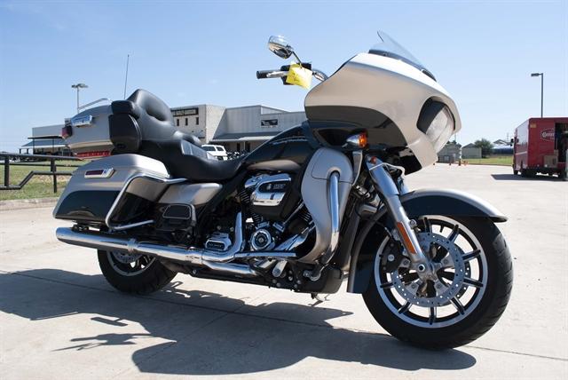 2018 Harley-Davidson Road Glide Ultra at Javelina Harley-Davidson