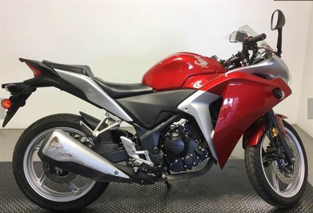 2012 Honda CBR 250R at Genthe Honda Powersports, Southgate, MI 48195