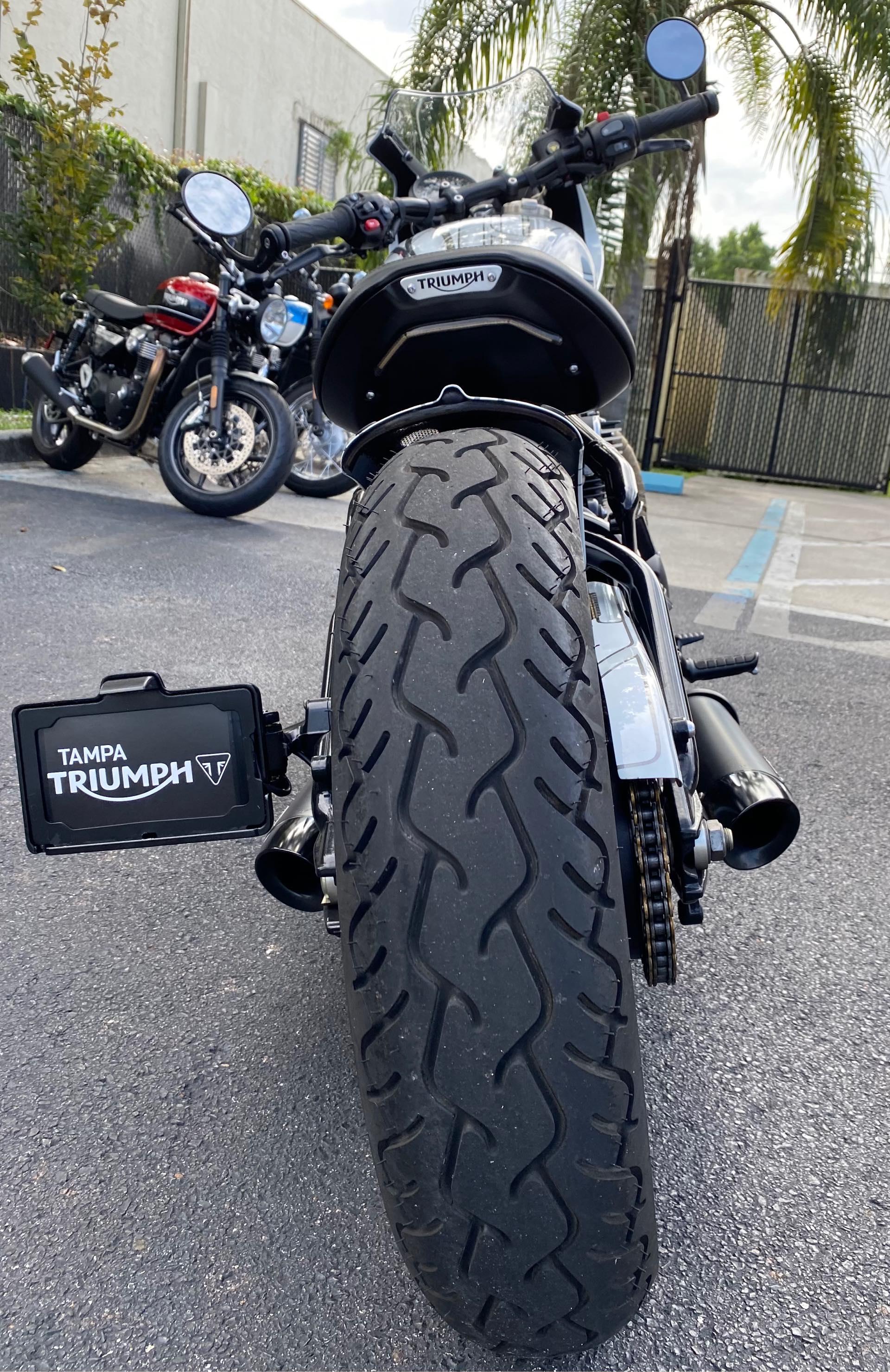 2018 Triumph Bonneville Bobber Black at Tampa Triumph, Tampa, FL 33614