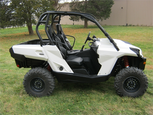 2020 Can Am Commander 800R at Brenny's Motorcycle Clinic, Bettendorf, IA 52722