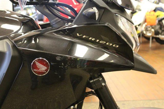 2016 Honda VFR 1200X DCT at Mungenast Motorsports, St. Louis, MO 63123