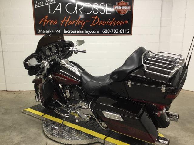 2011 Harley-Davidson Electra Glide CVO Ultra Classic at La Crosse Area Harley-Davidson, Onalaska, WI 54650