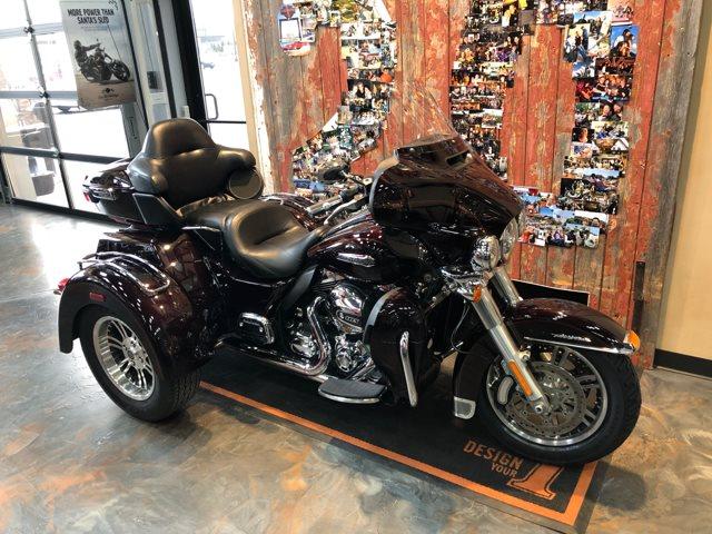 2014 Harley-Davidson Trike Tri Glide® Ultra at Vandervest Harley-Davidson, Green Bay, WI 54303