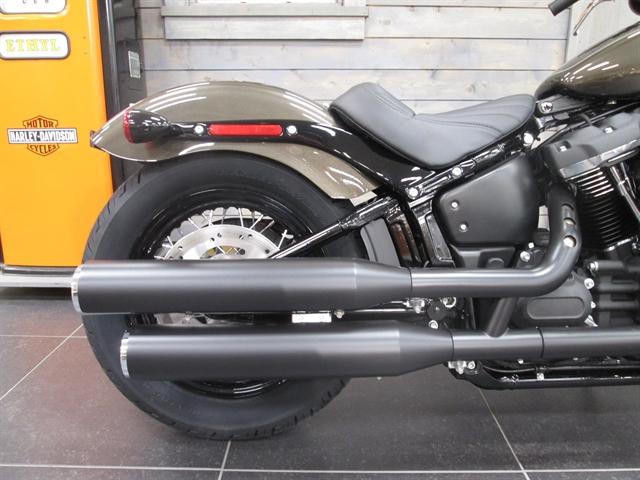 2020 Harley-Davidson Softail Street Bob at Hunter's Moon Harley-Davidson®, Lafayette, IN 47905