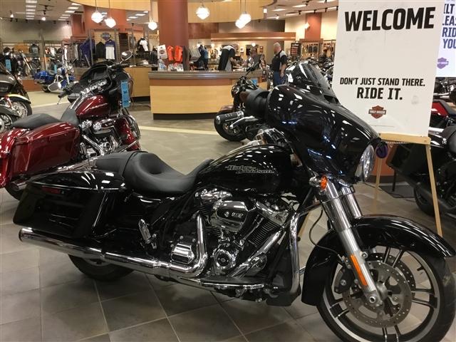 2017 Harley-Davidson Street Glide Base at Bud's Harley-Davidson, Evansville, IN 47715