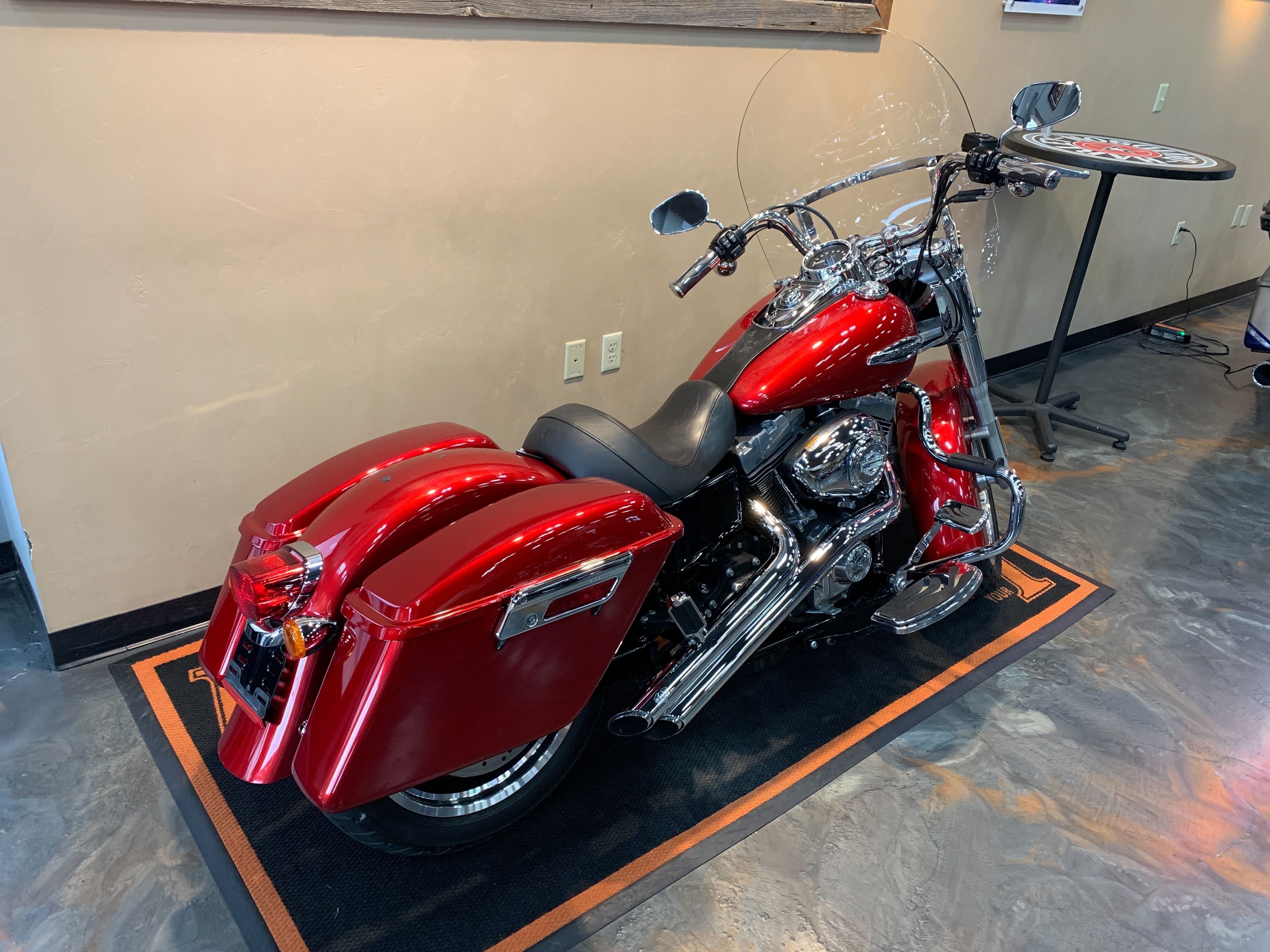 2012 Harley-Davidson Dyna Glide Switchback at Vandervest Harley-Davidson, Green Bay, WI 54303