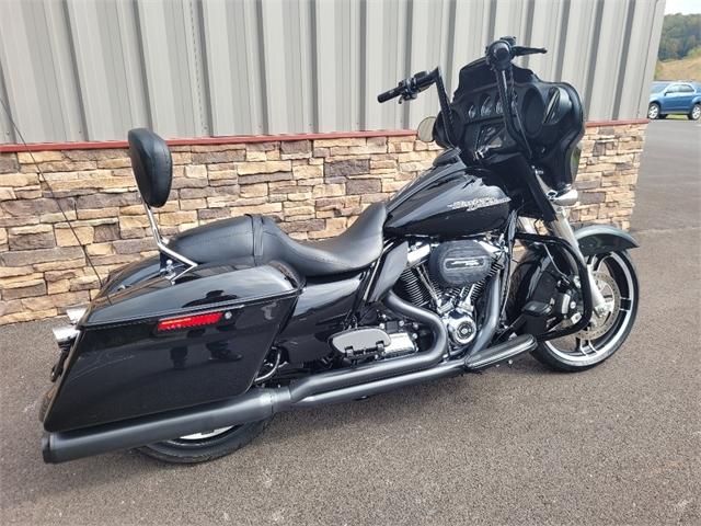 2017 Harley-Davidson Street Glide Base at RG's Almost Heaven Harley-Davidson, Nutter Fort, WV 26301