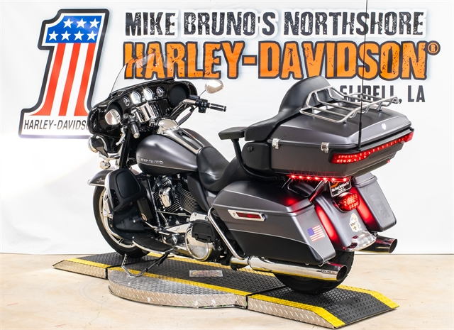 2017 Harley-Davidson Electra Glide Ultra Limited Low at Mike Bruno's Northshore Harley-Davidson
