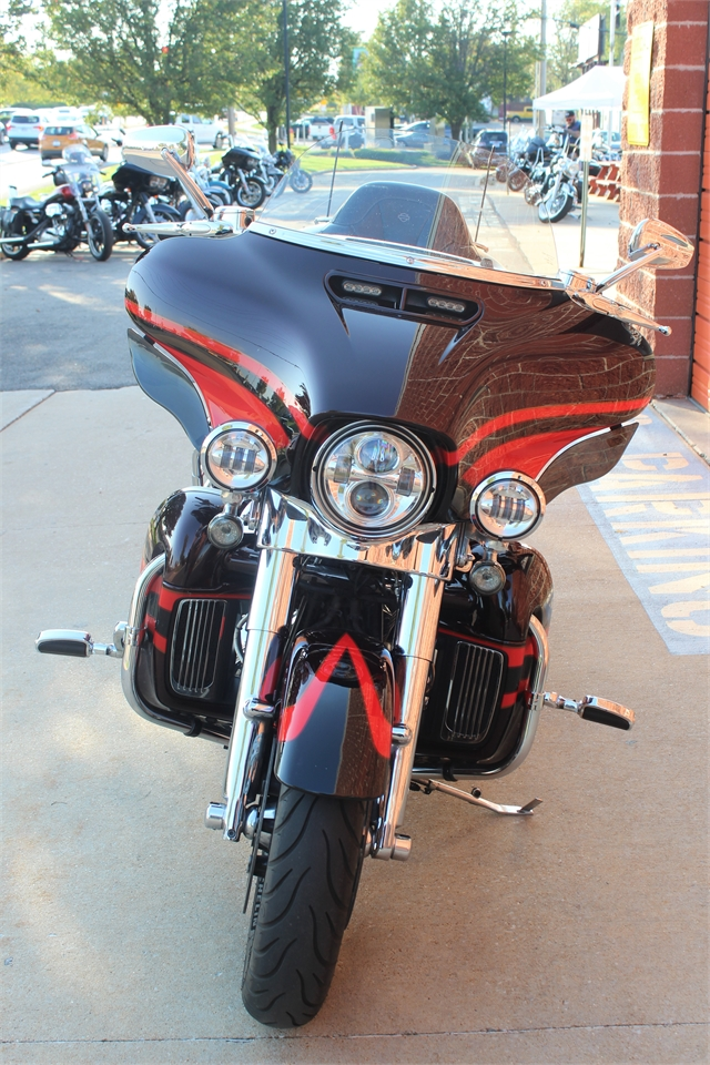 2017 Harley-Davidson Electra Glide CVO Limited at Doc's Harley-Davidson