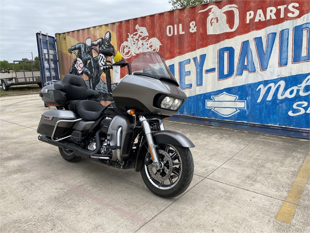 2016 Harley-Davidson Road Glide Ultra at Gruene Harley-Davidson