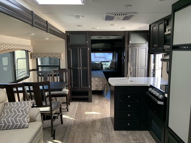 2019 Venture RV SportTrek 302VRB at Campers RV Center, Shreveport, LA 71129