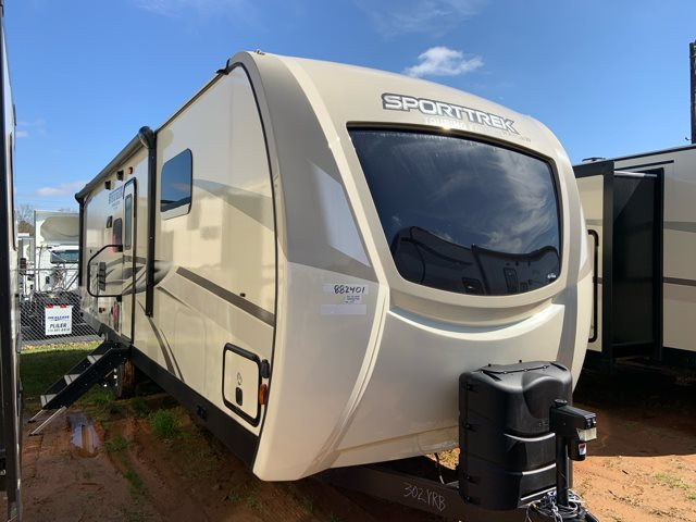 2019 Venture RV SportTrek 302VRB Rear Bath at Campers RV Center, Shreveport, LA 71129